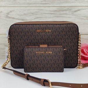 ❤️Michael Kors Crossbody Bag & Wallet Set